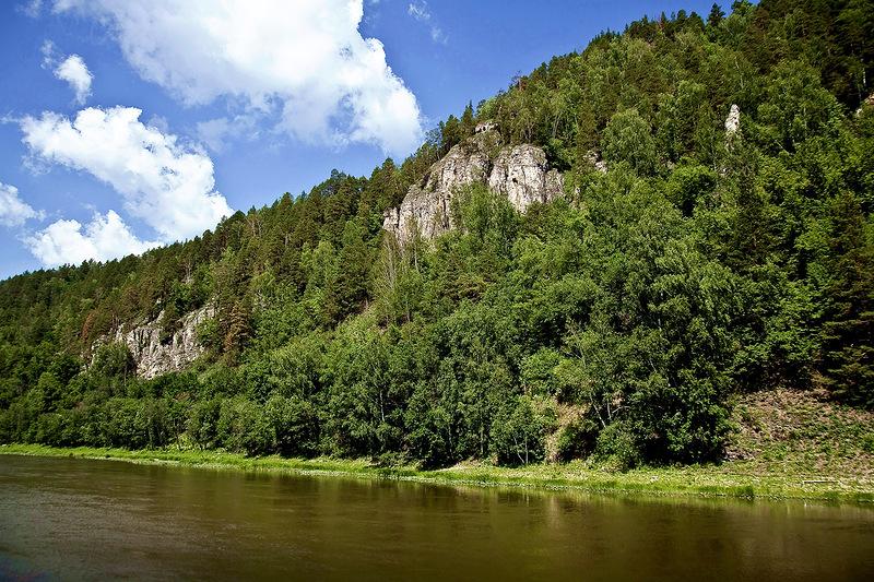 Скалы на реке Инзер, республика Башкортостан